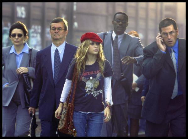 MARY- KATE OLSEN in NEW YORK MINUTE  ©warner bros. all rights reserved
